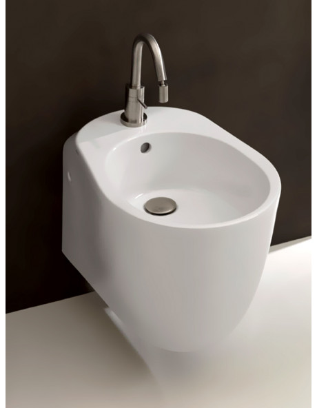 Sanitari sospesi Axa serie Normal wc, bidet e coprivaso Made in Italy